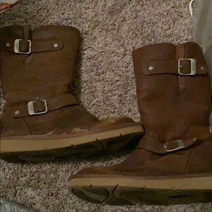 Leather uggs with buckle